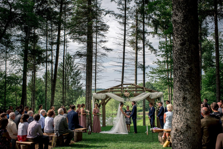 woodsy outdoor ceremony
